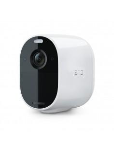 arlo-essential-spotlight-ip-turvakamera-sisatila-ja-ulkotila-laatikko-katto-seina-1.jpg