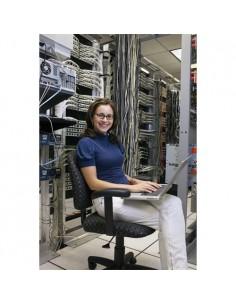 apc-wnsc010210-installationsservice-1.jpg