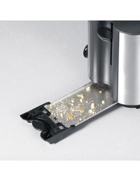 severin-at-toaster-3.jpg