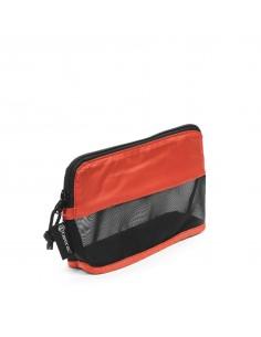 tamrac-goblin-accessory-pouch-1-0-varustekotelo-pussi-musta-oranssi-1.jpg