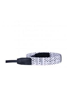 Olympus The wow factor strap Digital camera Fabric Black, White Olympus E0410233 - 1