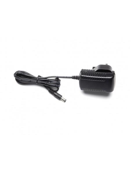 Multibrackets 0551 virta-adapteri ja vaihtosuuntaaja Sisätila Musta Multibrackets 7350073730551 - 3